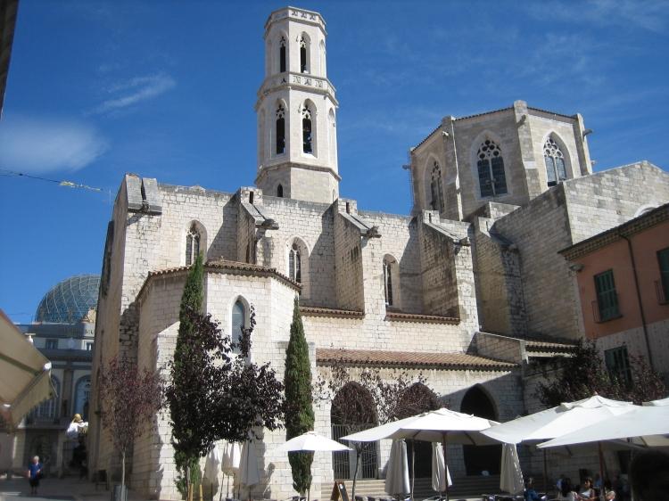 Figueres_-_Church